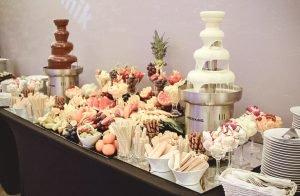 Stół z deserami